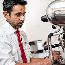 Master barista Giorgio Milos is traveling around the United States demonstrating the authentic Italian way to make espresso.