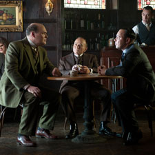 Glenn Fleshler, center, as notorious bootlegger George Remus with Greg Antonacci, left, as Chicago mob boss Johnny Torrio and Stephen Graham as Al Capone.