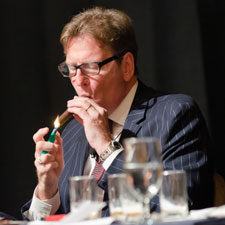 Jack Bettridge of Cigar Aficionado led the room on a whirlwind tasting of fine rum and cigars.