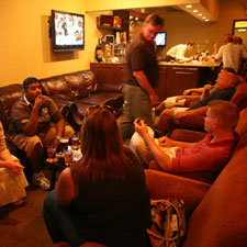 Fletcher's offers live jazz and blues on Fridays and Saturdays.