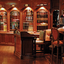 The Casa del Habano at the Meliá Habana Hotel has it all: great cigars, comfortable seating, a well-stocked bar and a friendly and knowledgable staff.