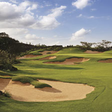 The Lava Fields course highlights the volcanic rock that lies underneath all the courses at Hainan with the volcanic outcroppings running right up to the fairways and rough around the course.